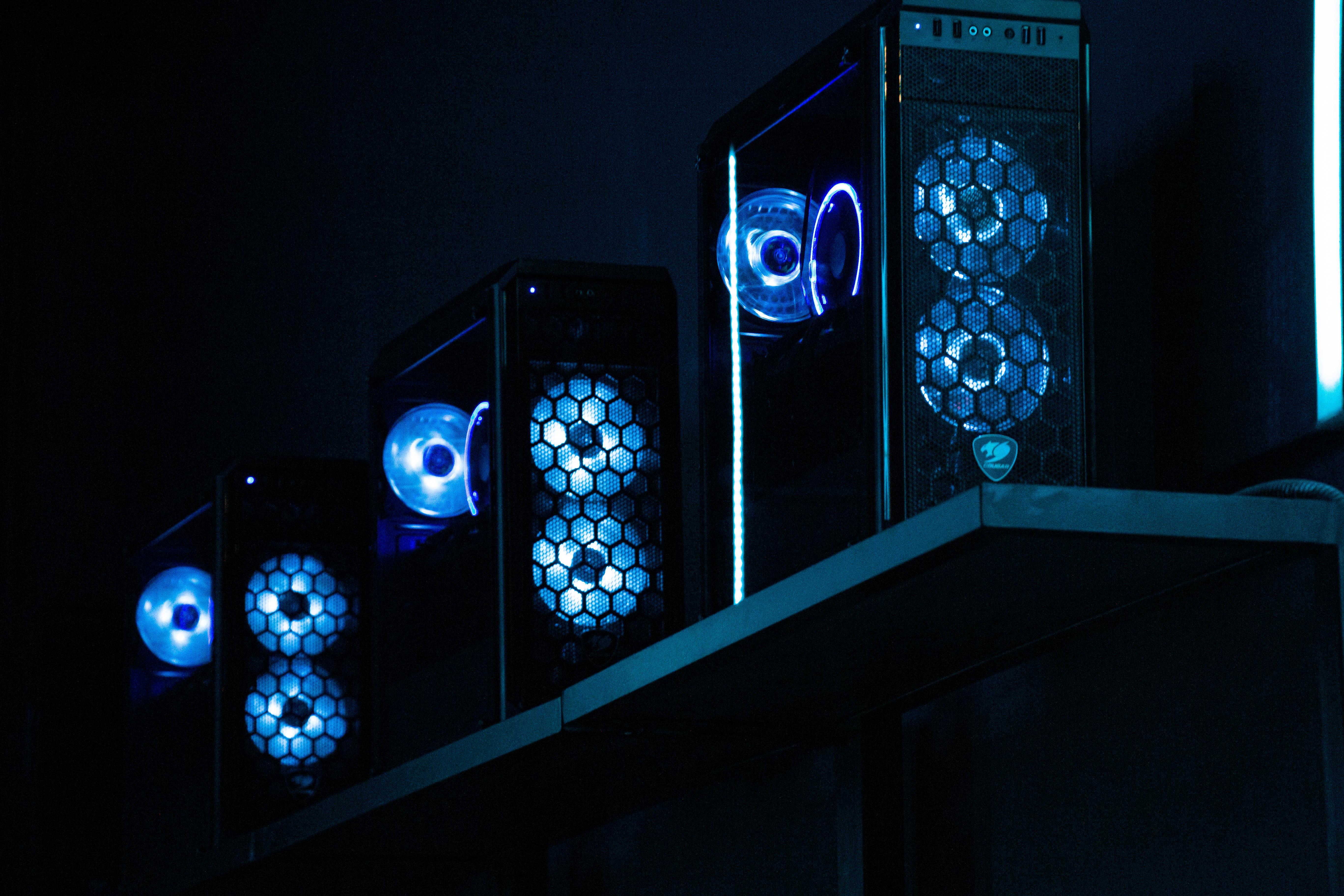 Портал компьютерный клуб москва в закрытом клубе видео